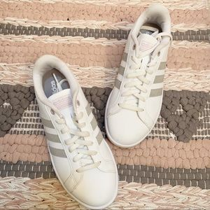 Adidas | Super Star Sneakers White & Tan Size 6.5